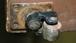 Old Piano Caster